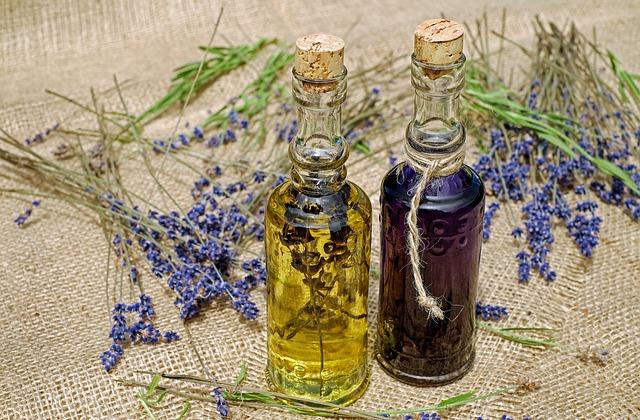 Vyrobte si vlastný masážny olej